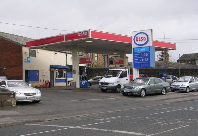 Esso Filling Station - Halifax Road