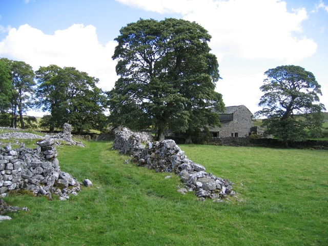 Ruined walls at Thorns