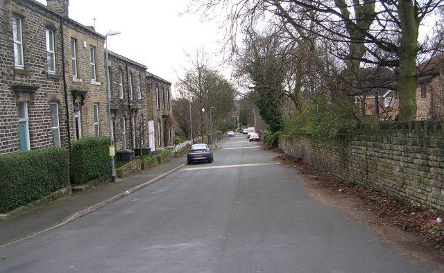 Longlands Road - Halifax Road
