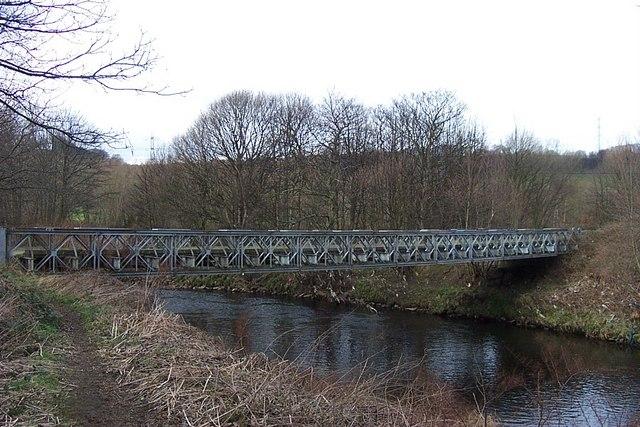 Footbridge across River Calder, Cromwell Bottom