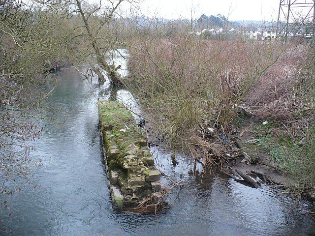 Afon Llwyd at Pont Sadwn