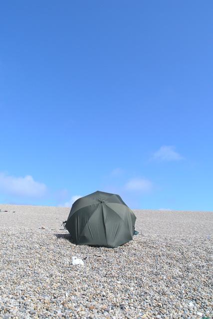 Fisherman's umbrella, Chesil Beach