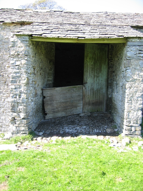 The cart entrance to Thorns barn