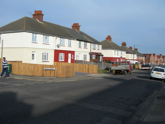 White Road, Chatham