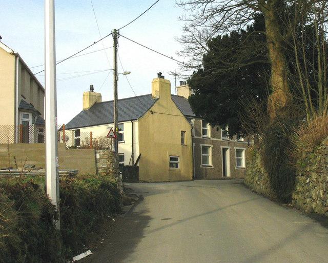 Houses in Stryd yr Eglwys, Llanaelhaearn