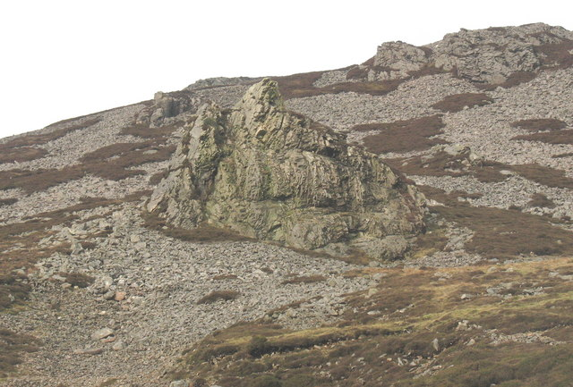 Igneous outcrops and bouldery screes form the natural defences for Tre'r Ceiri fort