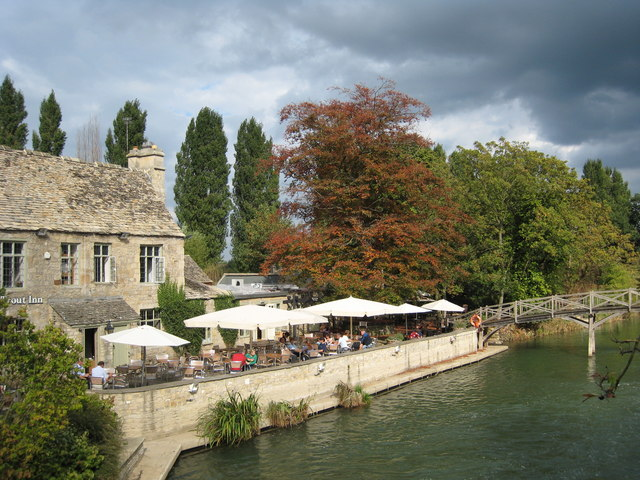 Trout Inn by the Thames at Godstow