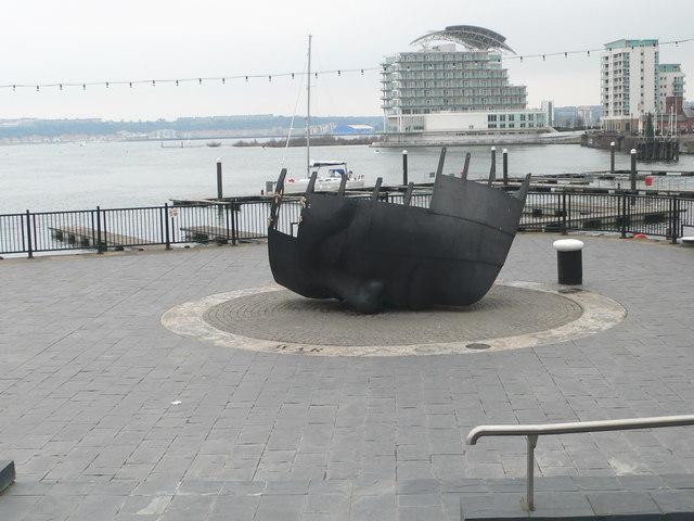 Merchant Seafarers' War Memorial, Cardiff Bay