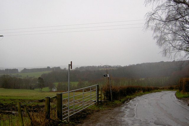 Footpath sign and gate off High Hoyland Lane