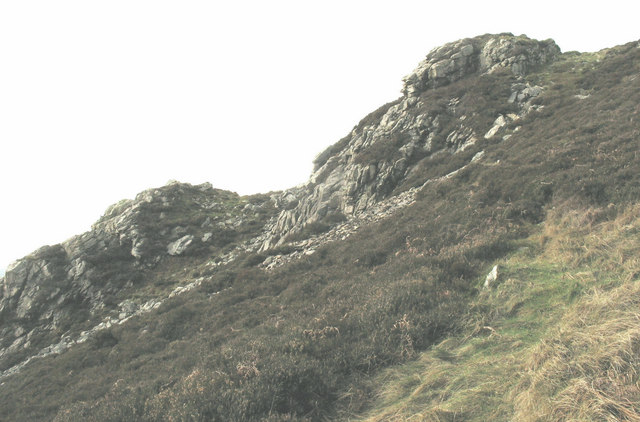 A sketchy path at the start of the direct route to the summit of Tre'r Ceiri