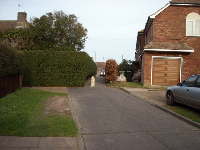Footpath to Stevens Close, Sidley