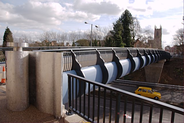 New footbridge over St Alkmunds Way
