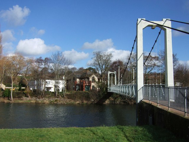 Trew's Weir Suspension Bridge