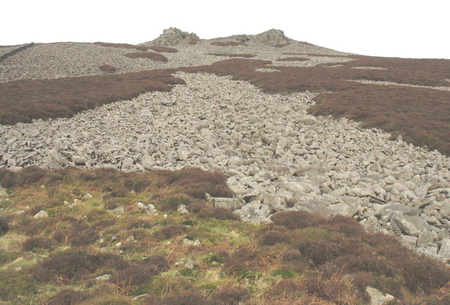 View upslope from the top of the buttress towards the rim of the Tre'r Ceiri fort