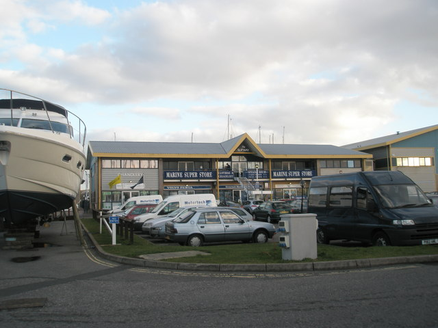 Marine Super Store, Port Solent
