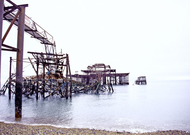 The West Pier in November 2004
