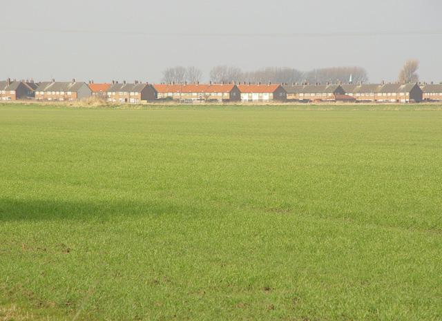 Across the fields to Old Fleet