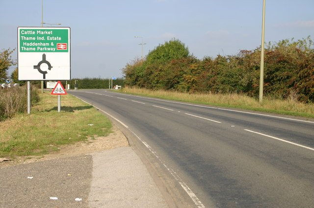 Thame A329 Roundabout