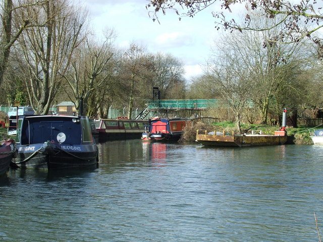 Narrowboats on the River Stort
