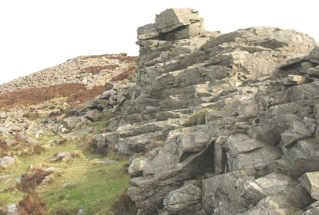 View across to the Bronze Age cairn at the NE end of the Tre'r Ceiri Iron Age fort