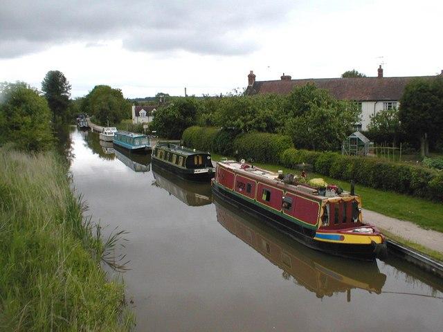 Narrowboats at Tibberton.