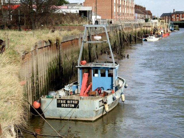 Itsie Bitsie teenie weenie Fishing Boat, Boston
