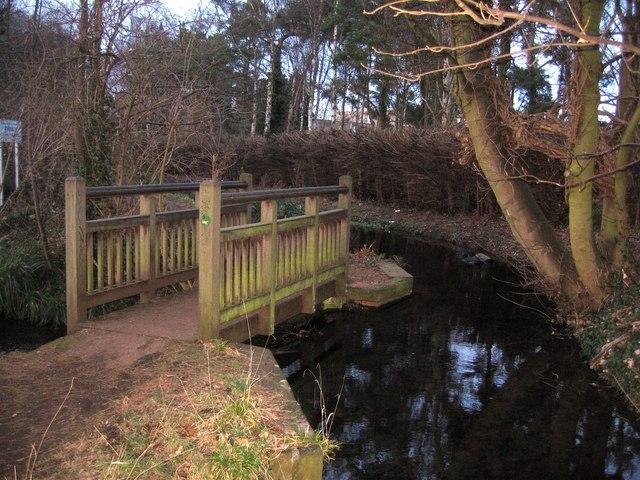 Footbridge over small weir