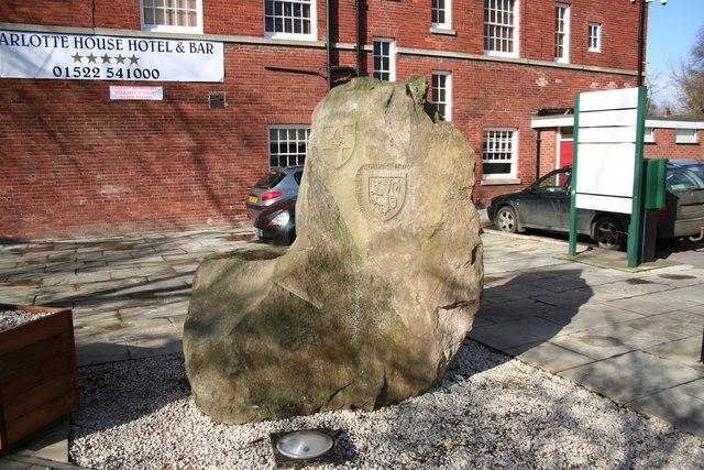 Twinning stone