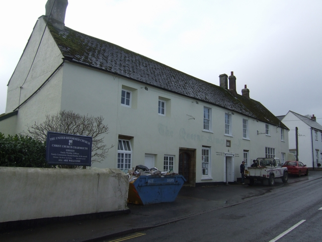 The Queen's Armes Hotel, Charmouth
