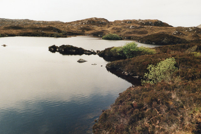 Lochan with no name, near Clashnessie