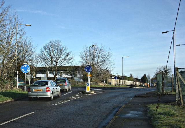 2008 : Fiveways Roundabout, Hawthorn near Rudloe