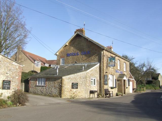 Royal Oak, Drimpton