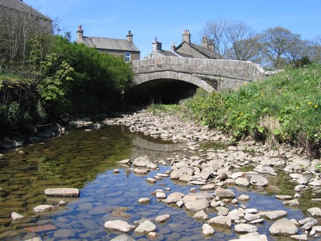 Horton Beck and Horton Bridge