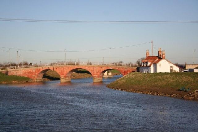 Old Tattershall Bridge