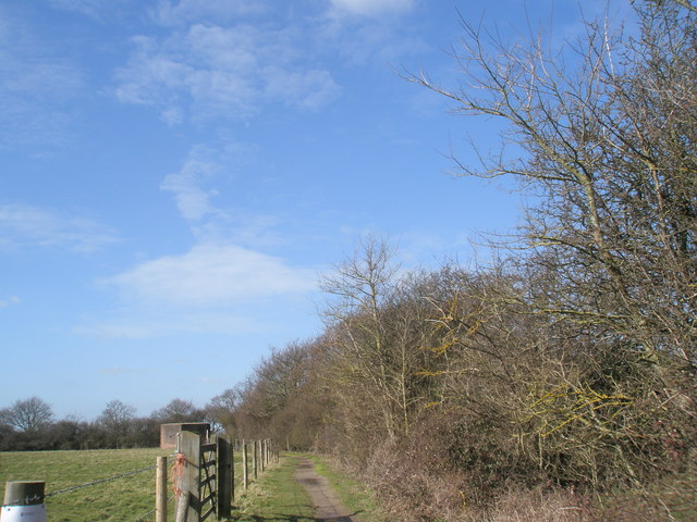 Path through to The Hayling Billy Line