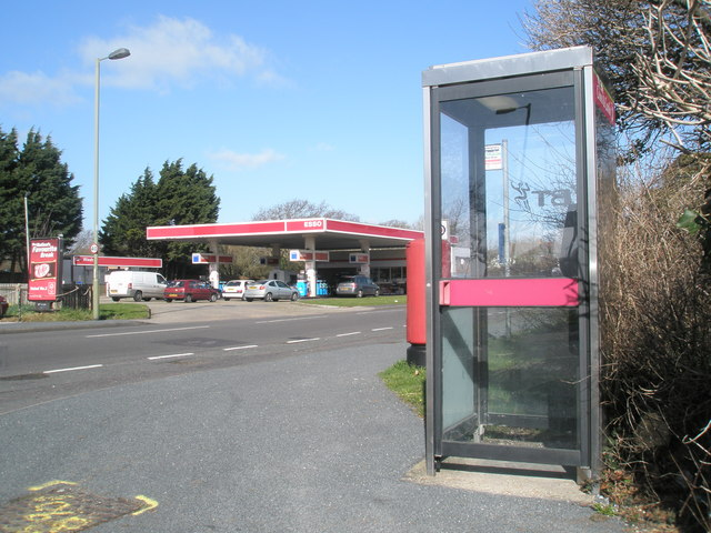 Phone box on junction of Victoria Road and the main road to Havant