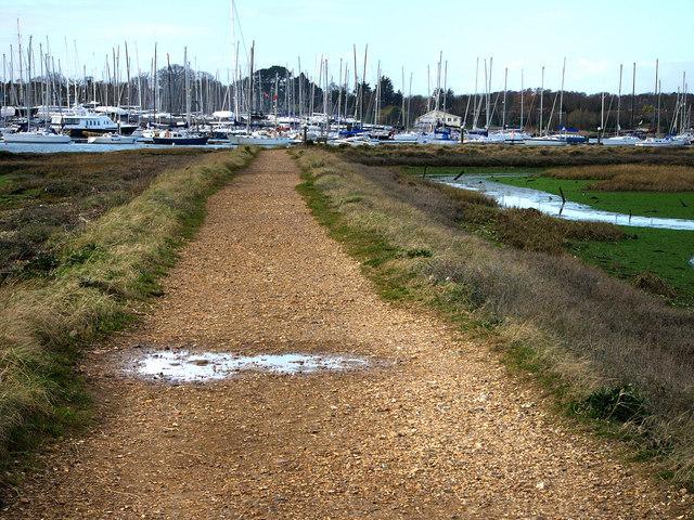Footpath Bunny Meadows, Warsash