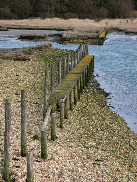 Footpath,  no longer crossing Bunny Meadows