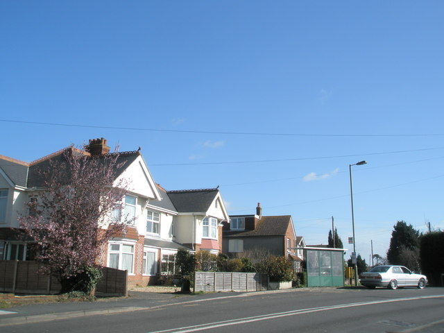 Southbound bus stop  on the Havant Road