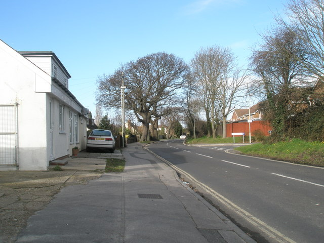 Looking down Newtown Lane towards Hamfield Drive