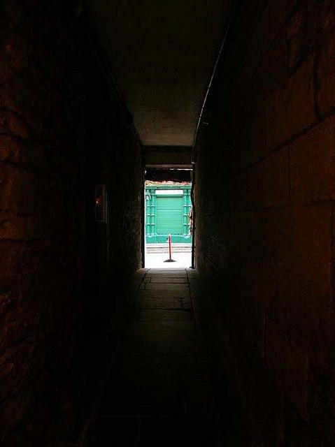 A dark close off the Royal Mile