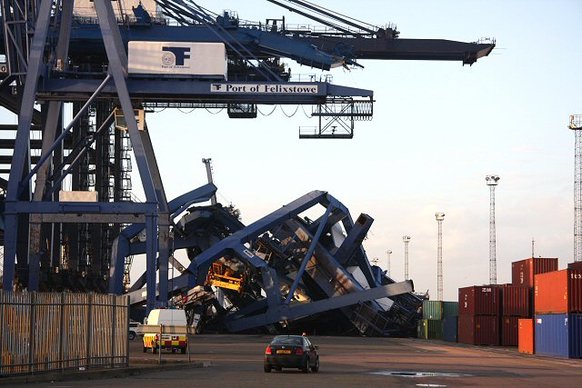 Collapsed cranes at Landguard Terminal