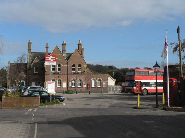 Lymington: Lymington Town station