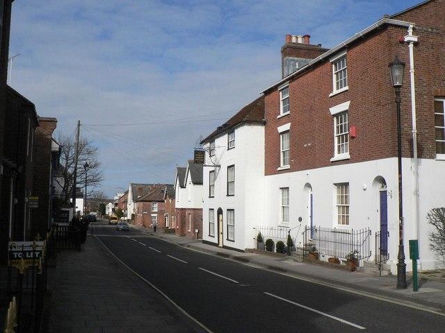 Lymington: Gosport Street