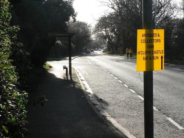 Highcliffe: Lymington Road