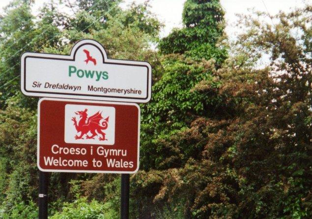 Croeso i Gymru Welcome to Wales