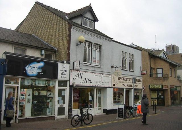 Burleigh Street shops