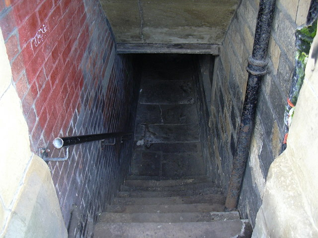 Passage under houses, Water Street.
