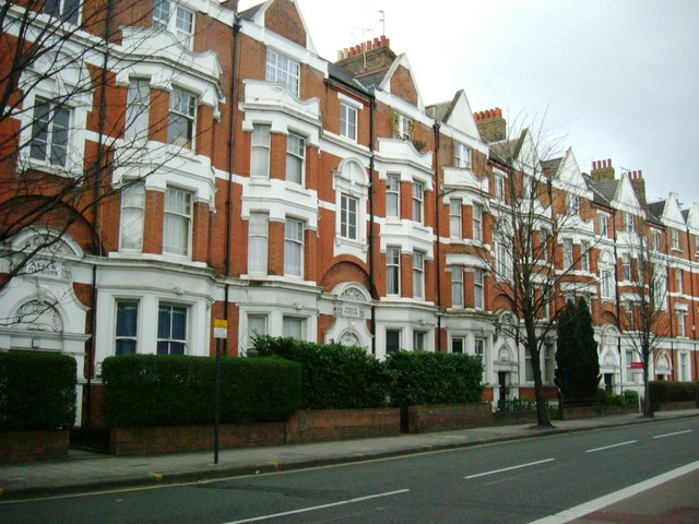 Askew Mansions, Askew Road