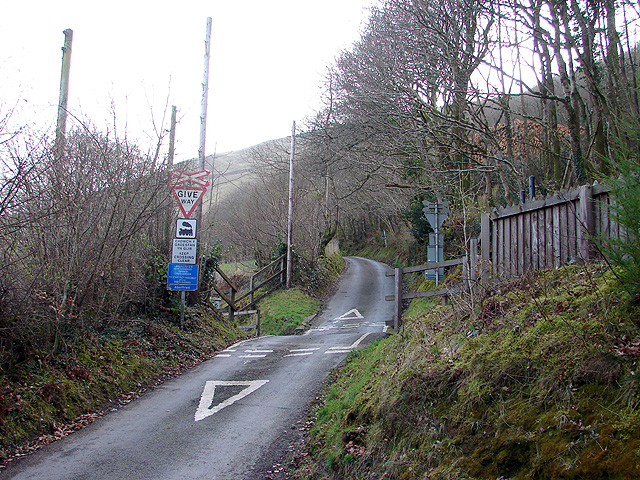 Approach to Aberffrwd level crossing